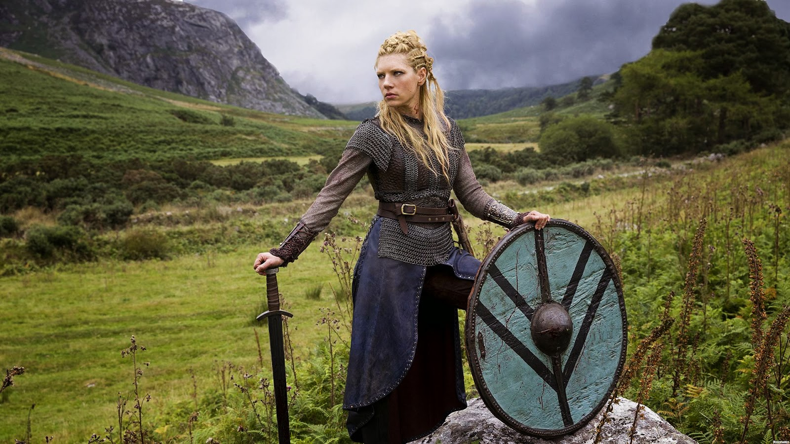 Sheildmaidens Were Real! New Findings Show 1/2 of Viking ...