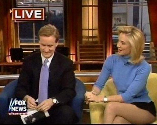 News casters with the best legs foto 514