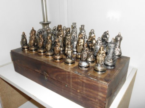 Need advice how much do you think my antique chess set is worth page 1 - Collectible chess sets ...