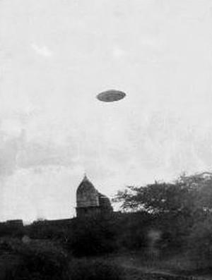 The oldest incredible UFO photos part 1 Hq5a0fbc63