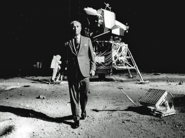Did NASA just admit they never put Man on The Moon? [Video ...