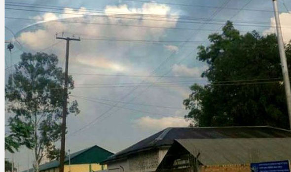 First big UFO hoax success for a mobile camera app?
