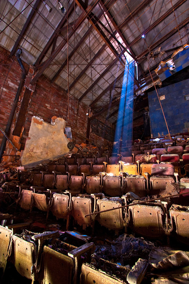 Decorative Infused Olive Oil: Abandoned Places: Beautiful Photographs , Page 1