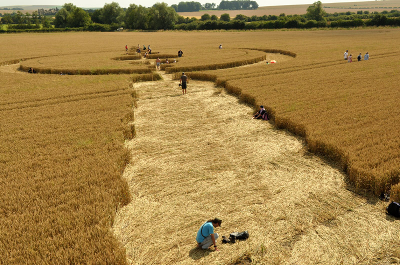 new crop circle uk looks great makes compass go