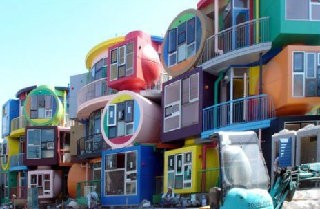 15 of the most bizarre buildings around the world page 3