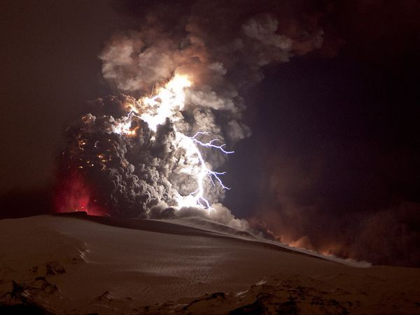 iceland volcano lightning wallpaper. Volcanic lightning occurs when